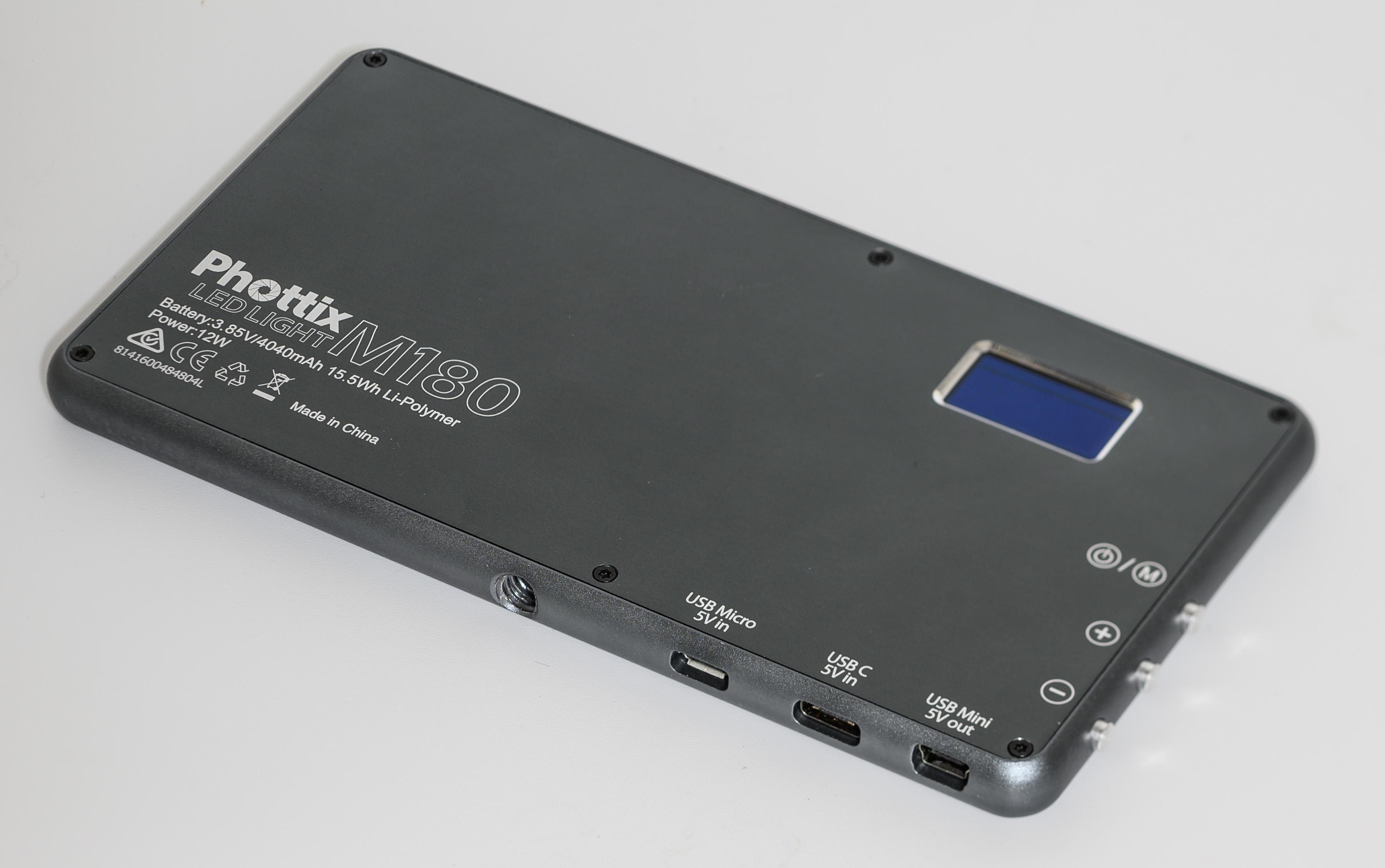 Phottix M180 LED LIGHT レビュー LEDライト 定常光 充電式 屋外 フラッシュ ライティング ポータブル モバイルバッテリー USB WB ホワイトバランス