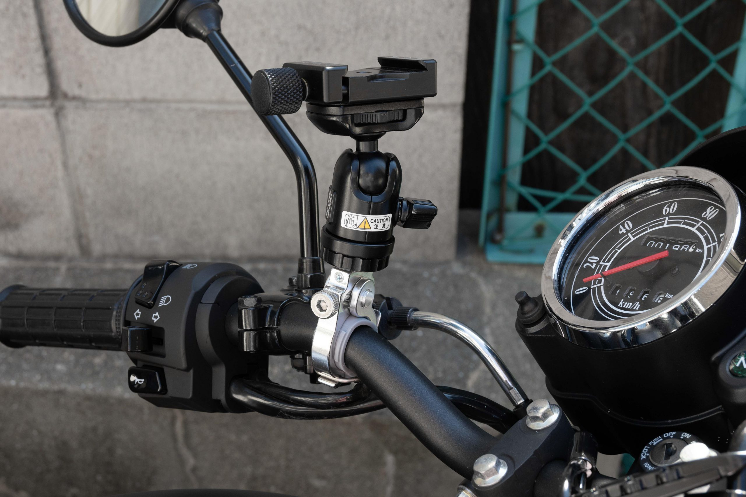 モトブログ カメラ マウント