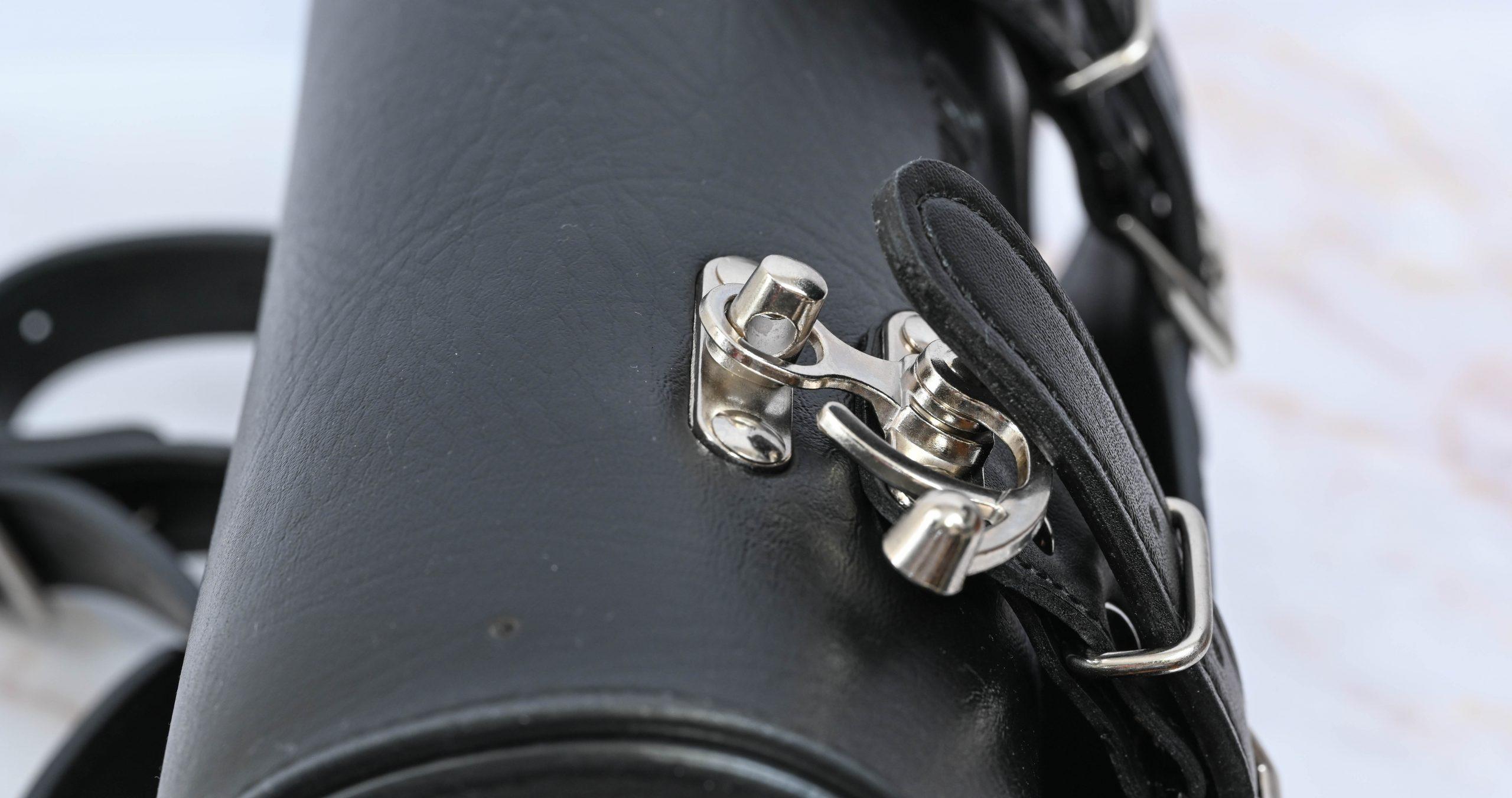 デイトナ ヘンリービギンズ バイク用 ツールバッグ 1.5L ラウンドタイプ 車載工具 DHS-7 98771